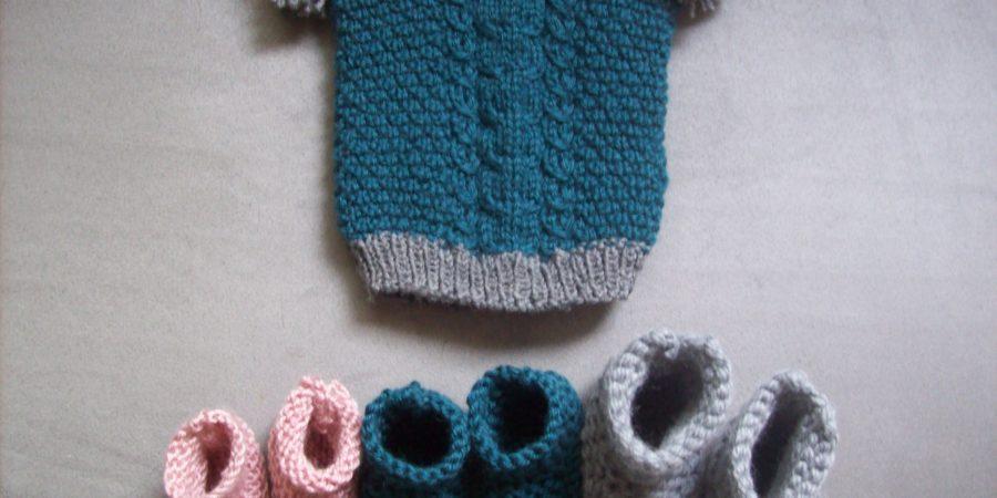 Tricot bonnet et chaussons