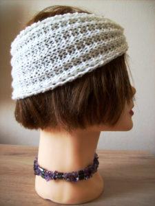 Vue autre côté headband tricot